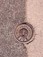 bk Marseille utility covers Eaux Pam Pava chriscarterartist photography 061114