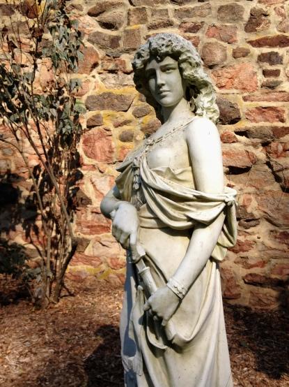 Duke-Farms-Statue-Gardens-Hay-Barn-wwd-083012