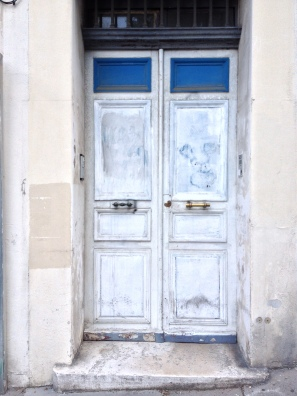 white painted door Marseille France ChrisCarterArtist photographs 2014
